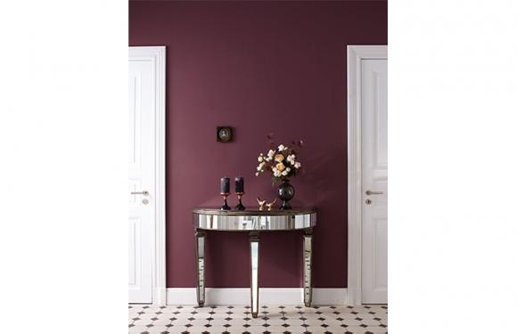 Violett Ist Farbe Der Könige Sie Gibt Sich Würdevoll Und Vornehm Manchmal Extravagant Oder Verführerisch Geheimnisvoll
